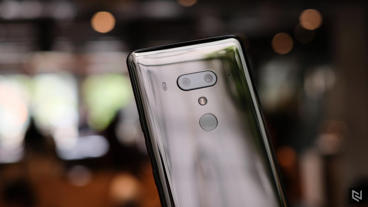 HTC U12 Plus bán chính hãng VN với giá 19.99 triệu đồng trong tháng 7