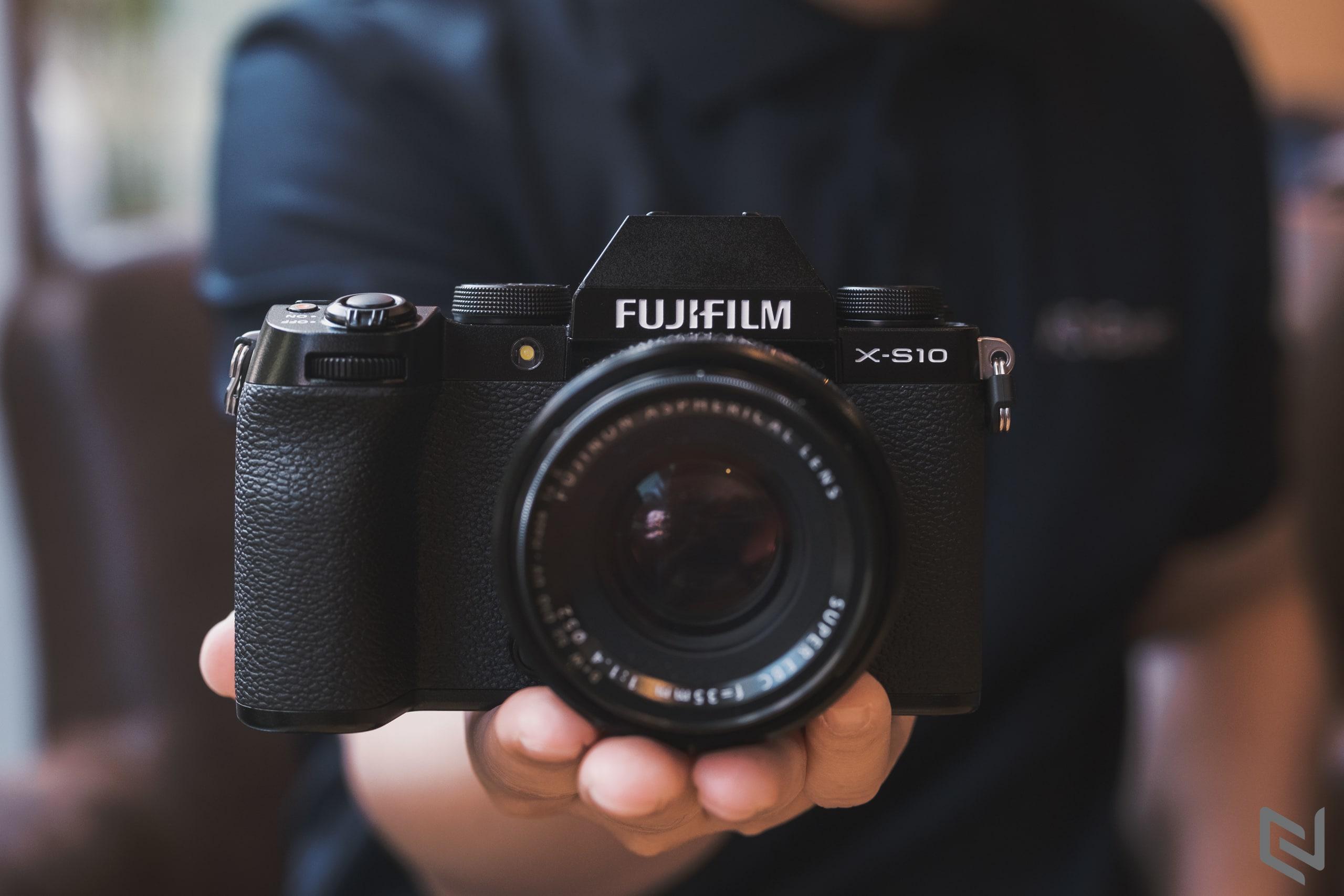 Top10 máy ảnh được yêu thích nhất trên Instagram