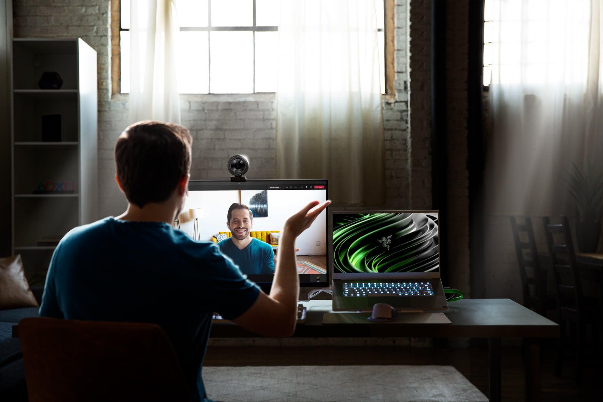 Razer ra mắt Kiyo Pro: webcam HDR 30FPS tích hợp micro đa chiều dành cho game thủ