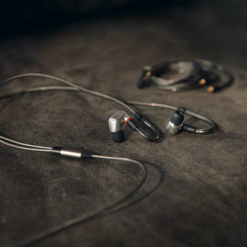 Senhheiser ra mắt tai nghe in-ear cao cấp Sennheiser IE 900, giá 36,590,000 VND